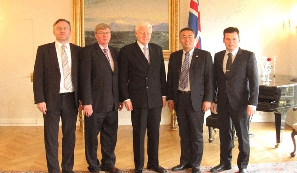 Yutong Vice President meets President of Iceland Mr Ólafur Ragnar Grímsson